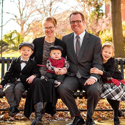 Maloyed Family